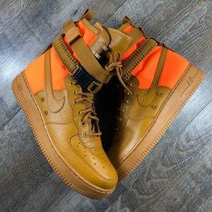 Nike SF Air Force 1 QS NWT